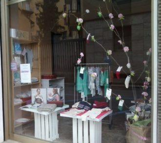 Nuovo negozio di abbigliamento biologico per bambini