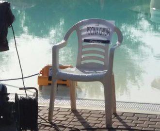 piscina chiusa per cacca